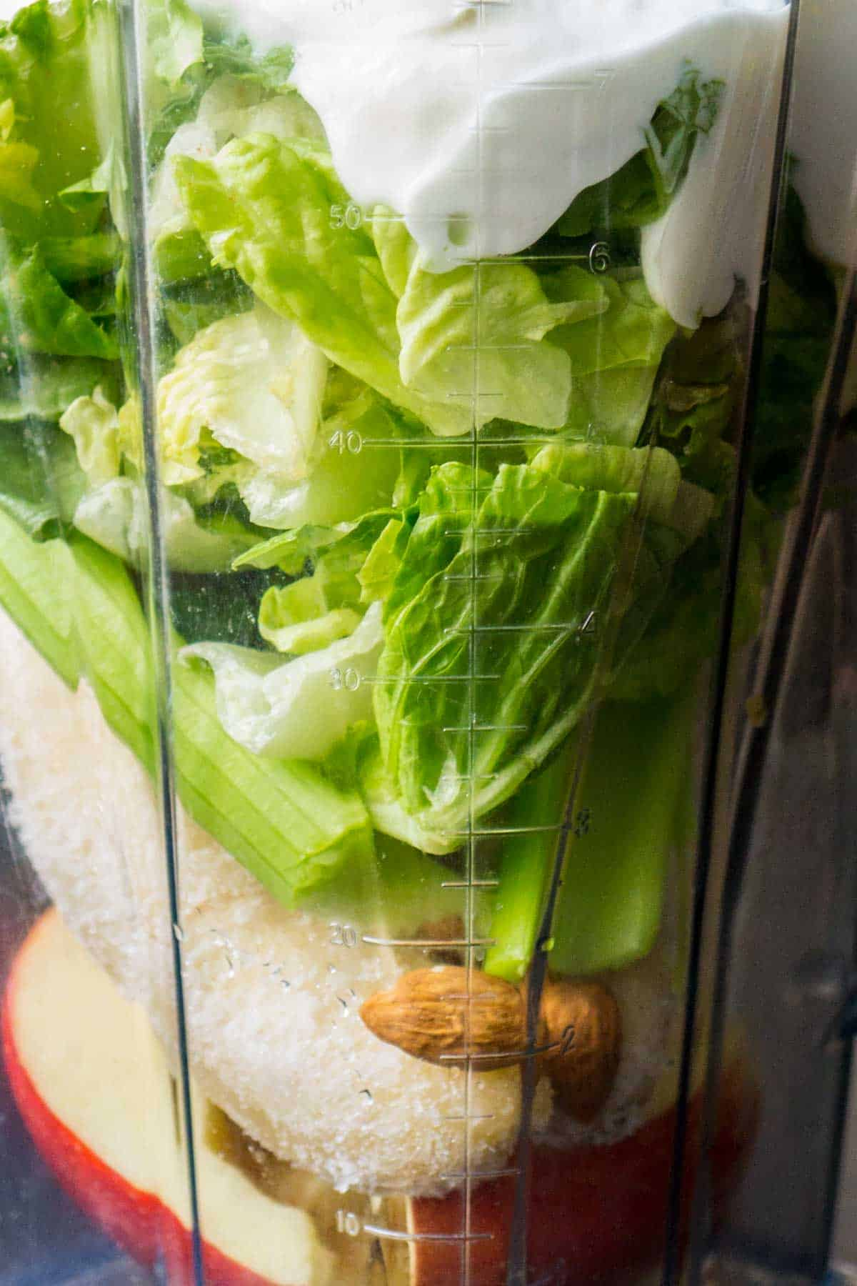 Green Lettuce Smoothie (3 of 17)