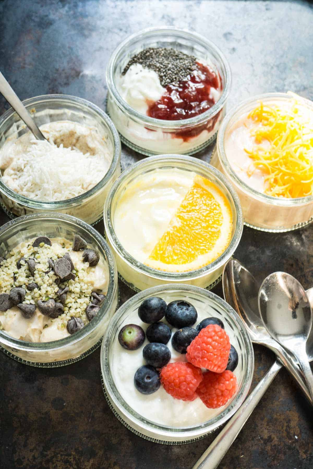6 ways to flavour plain yogurt