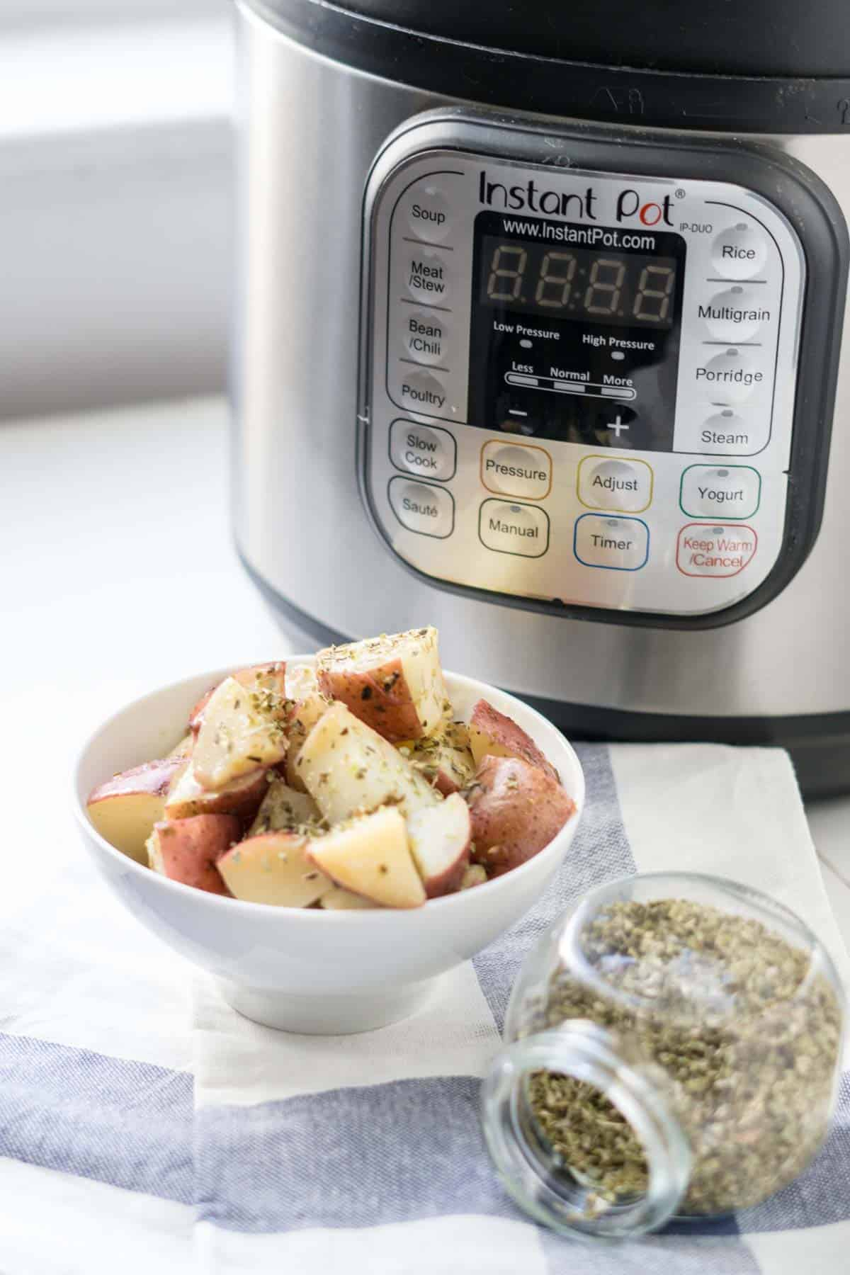 Instant Pot Greek Lemon Potatoes
